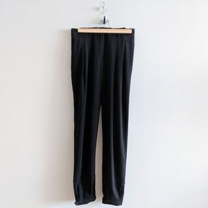 Aritzia T. Babaton pants